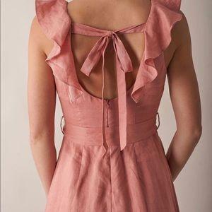 Maxi linen dress with gorgeous neck details